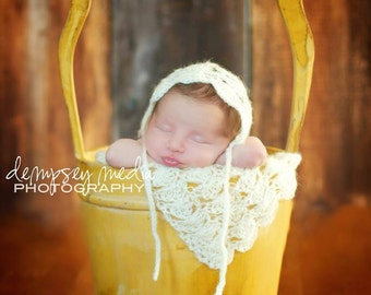 Newborn Mohair Bonnet and Matching Mini Blanket - Shell Style- Off White - Crochet Bonnet & MIni Blanket - Photography Prop