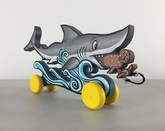 Seal and Shark Pull Art Toy
