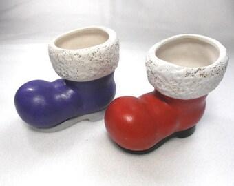 2 boots, ceramics, 9 x 5 cm (1555)