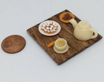 Set 1: 12 scale miniature calissons