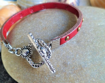 Studded bracelet red Bronze flower sunflower 16.5 Cm, thickness 5 mm Togle clasp