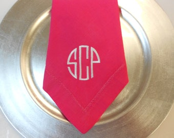 Monogrammed Napkins Linen-Like 20x20 Set of 6  Font Shown CIRCLE