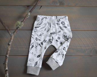 Baby Leggings Floral Gray Organic, Girl Floral Grey Baby Pants, Flower Leggings, Toddler Pants, Newborn Pants Neutral