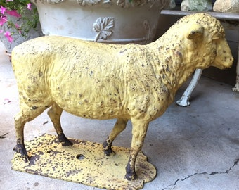 Golden Lamb Iron Sculpture Inn Advertising