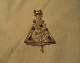 Silver/GoldtoneSprial Christmas Tree Brooch with Purple Hearts