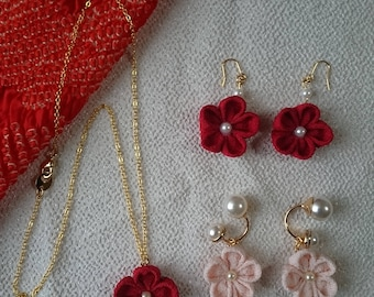 "Handmade Japanese Traditional ""Tsumamizaiku"" Flower necklace, Earring"