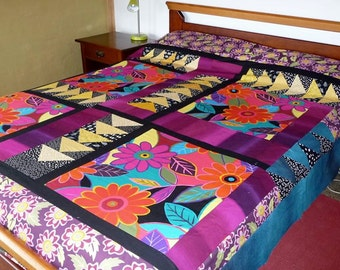 Flower Power quilt pattern (PDF download) by Leslie Edwards @ Quilting Fabrications
