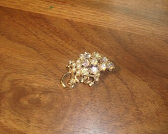 vintage pin brooch silvertone faux pearls rhinestones