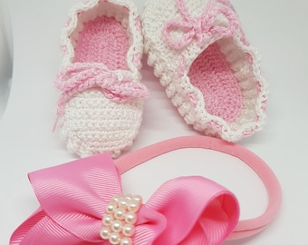 Shoes type pink Loafers