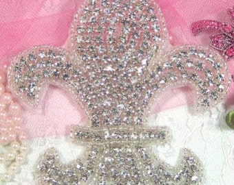 XR6 Fleur De Leis Glass Beaded Rhinestone Applique 4.5""