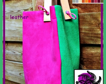 Handbag type tote bag in suede leather.
