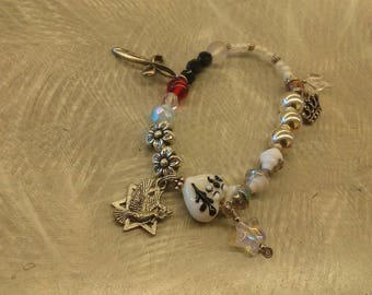 STORY of JESUS BRACELET, Silver and White Story of Jesus Bracelet, Strechy Charm Bracelet