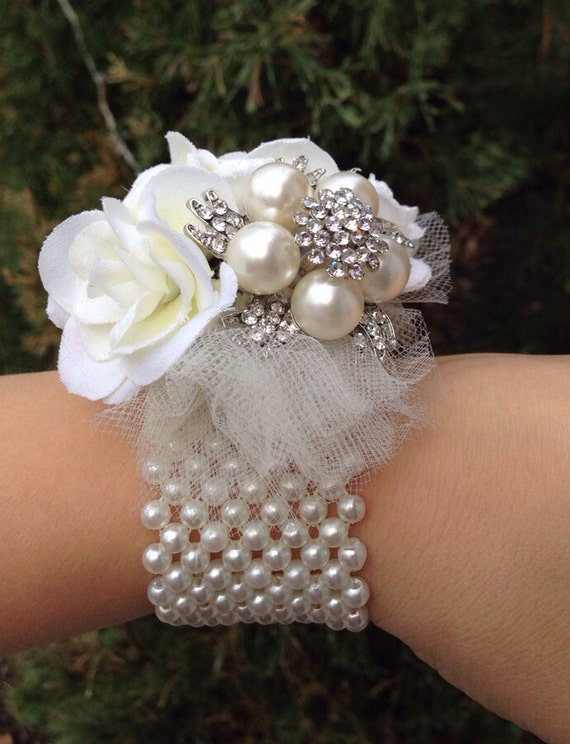 Wrist Corsage: Items Similar To Brooch Wrist Corsage On Etsy