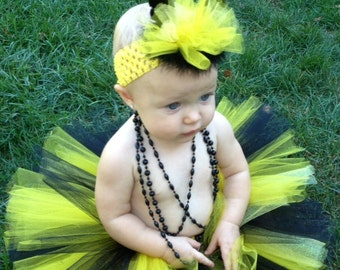 Baby bee costume etsy halloween delivery guaranteed bumblebee tutu costume with stinger infant bumblebee costume toddler bumblebee solutioingenieria Choice Image