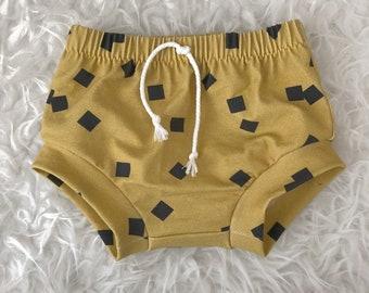 Gold geo baby shorties