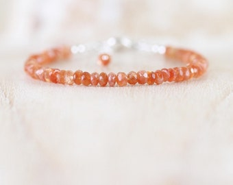 Sunstone Bracelet in Sterling Silver, Rose or Gold Filled. Dainty Beaded Stacking Bracelet. Sparkly Burnt Orange Gemstone Jewelry. Jewellery