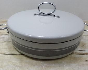 Vintage Enterprise Saucepan, 2 quart, 1960s-1970s