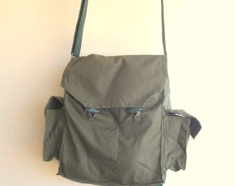 Soviet Military Vintage Canvas Shoulder Bag/ Green Canvas Messenger Bag/Cold War Messenger Bag / Soviet Army Bag Soviet union /1970s
