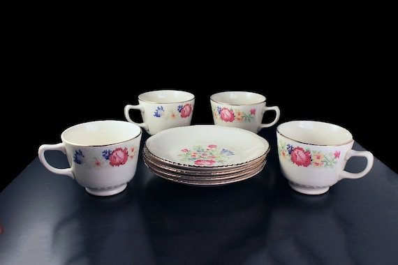 Cups and Saucers, Homer Laughlin, Petit Point, Set of 4, Floral, Gold Trim, Fine China