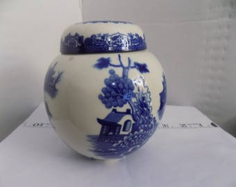 Vintage blue-white Willow,  Royal Cauldon ginger jar all original
