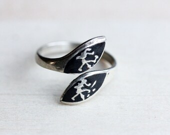 Black Enamel Ring, Black Siam Ring, Siam Ring, Silver Twist Ring, Black Silver Ring, Enamel Ring, Small Ring, Pinky Ring, Black Ring