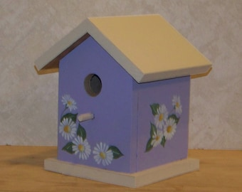 Birdhouse With Handpainted Daisys