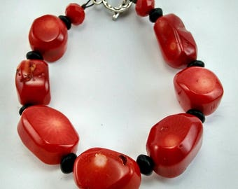 Bright Red Coral Bracelet with Black Beads (New)