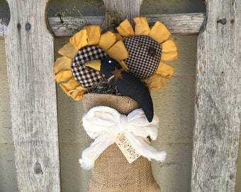 SUNFLOWER CROW - Primitive Burlap  Hanger - - Folk Art Wall Decor - Rustic Gathering