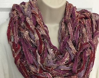 Buy1give1 Pink & Gold Sparkly Sashay Chunky Arm Knit Scarf