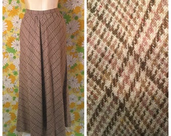 SALE! 70s Vintage Plaid Wool Maxi Skirt with Pockets Small Medium