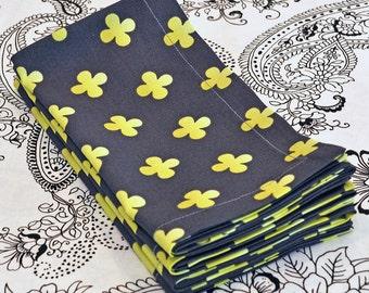 Flourish Large Cloth Napkins - Set of 4