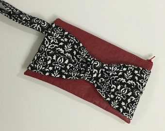 Bow Wristlet Clutch Red Ostrich Vinyl Black White Zipper Purse Strap