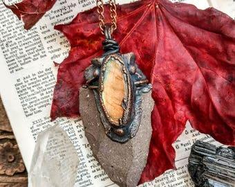 Gothic Labradorite Arrowhead Pendant. Labradorite Necklace. Arrowhead Necklace. Electroformed Necklace. Copper Jewelry. GoT.
