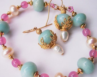 Pink and Gold, Amazonite Bracelet, Pearl Bracelet, Pink Bracelet, Gold Bracelet, White Pearls, Gift for Her, Aqua Blue, Turquoise