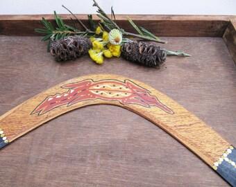 Vintage Aboriginal Boomerang, Hand Painted Big Wooden Boomerang, Crocodile Motif Boomerang, Australian Souvenirs, Aboriginal Art