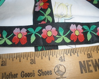 Gorgeous 21mm Hombre Flowers on Black Jacquard Ribbon Made Switzerland embroidered trim by the yard embellishment yardage Rayon costume
