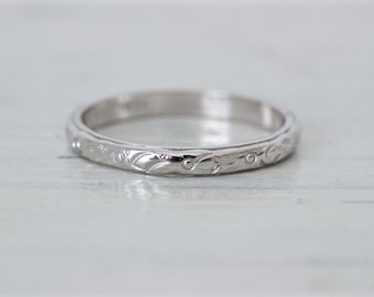 Antique Wedding Ring | 1920s Eternity Band | Art Deco Wedding Band | 18k White Gold Ring | Thin Gold Ring | Floral Stacking Ring | Size 6