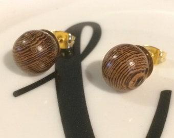 Wooden ball stud earrings