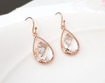 Rose gold clear earrings, Rose gold earrings, Clear crystal drop earring, Maid of honor gift, Wedding rose gold earrings, bridesmaid gift