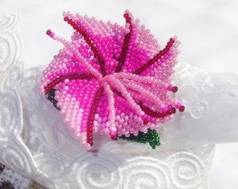 Flower ponytail holder Pink flower of beads Seed bead flower  Mother's day gift Hair scrunchies girl Beaded hair elastic Girls hair tie