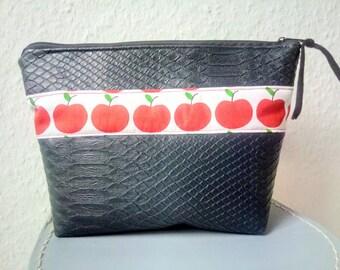 Cosmetic bag, apples