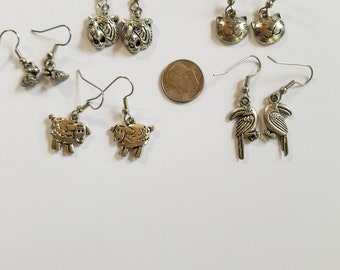 EARRING DESTASH  5 pairs of animal earrings all silvertone Surgical Steel Earwires New Old Stock Dogs Cats Tigers Lambs Toucans  218el