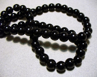 Glass Pearls Black 8MM
