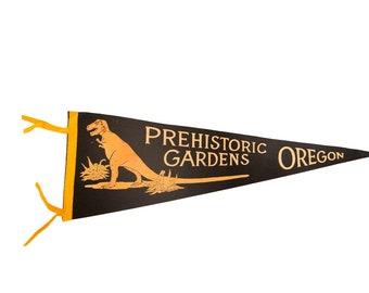 Vintage Prehistoric Gardens Oregon Felt Flag Pennant