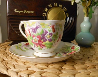 Vintage Royal Albert Bone China Teacup and Saucer Columbine Pattern
