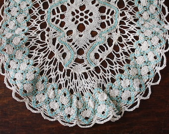 Handmade Lace Table Runner Ivory Turquoise Bobbin Cluny Lace