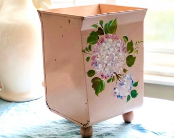 Vintage Hand Painted Tole Pink Floral Waste  Basket, Trash Can, Vintage Tole Nasco, Mid Century Vanity, Nashco Label, Shabby Chic