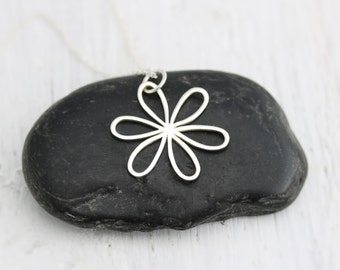 Daisy Necklace - Large Daisy Necklace - Sterling Silver Daisy with Open Petals Necklace - Flower Necklace - Floral Jewelry - Garden Wedding