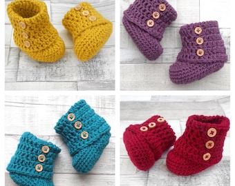 Unisex ugg boots, baby boots, Unisex baby booties, Crocheted booties, Baby shower gift, mustard red, New born baby, Newborn ugg booties teal