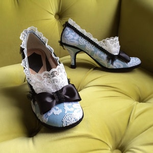 Alice In Wonderland Inspired Costume Shoes High Heels Party Fantasy Pumps  Baby Blue Black Bows Snow